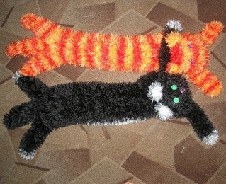 Кото-шарф и Тигро-шарф.