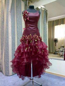 Как ухаживать за вечерним платьем