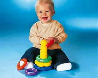 Выбираем игрушки по возрасту ребёнка. Пирамидка