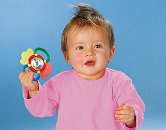 Выбираем игрушки по возрасту ребёнка. Погремушка