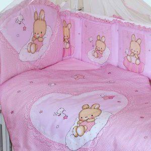 Какие бывают комплекты в кроватку